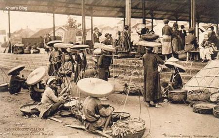 Người Việt tiêu xài lãng phí, thiếu gan làm giàu