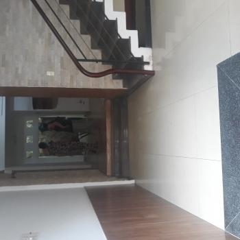 sản phẩm Cho thuê nhà 1 trệt 3 lầu(11 triệu rẻ nhất khu vực) tổng diện tích sử dụng 394 m2